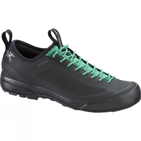 Arc'teryx Women's Acrux SL Gore-Tex Approach Shoe Black/Patina