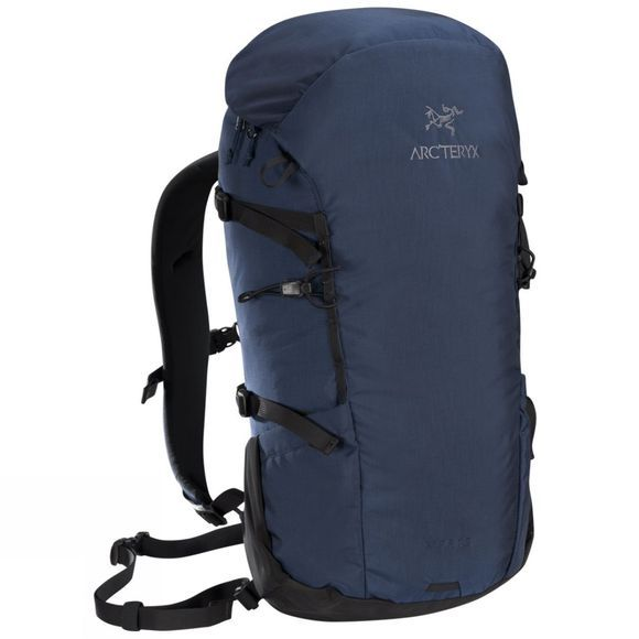 Brize 25L Backpack